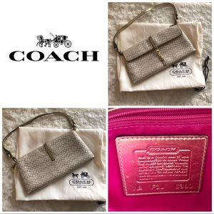 Coach gold clutch purse with strap 👜